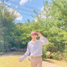 Wanna One Yoon Jisung ✨ First Boyfriend, Korean Boys Ulzzang, Produce 101 Season 2, My Destiny, Kim Jaehwan, Love Me Forever, K Idol, Ji Sung, Boyfriend Material