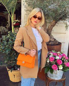 💛 1.@valentinaferragni 2.@live.love.chardonnay 3.@katyazubrik 4.@mollymaehague 5.@sophielouisesdiary 6.@michelletakeaim 7.@lanaelsahely… Mori Fashion, Womens Fashion, Valentina Ferragni, Winter Travel Outfit, Spring Looks, Spring Summer, Hermes Kelly, Kenzo, Capsule Wardrobe