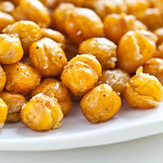 Crispy Roasted Chickpeas (Garbanzo Beans)