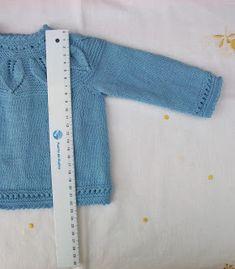 JERSEY DE LANA AZUL TALLA 3 MESES Material Lana especial bebés color azul  marca SUAVEL de Coats (art.N876  col.8130  TINT  11. 9373f058276