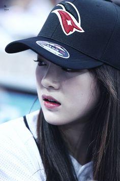 SEJEONG ~ Gugudan ~ IOI Pretty Korean Girls, Cute Asian Girls, South Korean Girls, Korean Girl Groups, Jin, Boyish Style, Kim Sejeong, K Pop Star, Female Singers