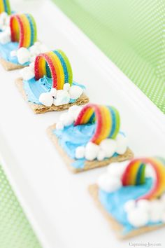 Kids cooking activities · graham cracker rainbow weather snack - capturing joy with kristen duke rainbow snacks, rainbow desserts Cute Snacks, Party Snacks, Cute Food, Party Recipes, Dinner Recipes, Rainbow Snacks, Rainbow Food, Rainbow Desserts, Kid Desserts