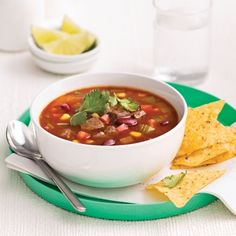Soupe mexicaine au boeuf - Recettes - Cuisine et nutrition - Pratico Pratique Chana Masala, Coco, Crockpot, Food And Drink, Yummy Food, Lunch, Ethnic Recipes, Sauce Barbecue, Nutrition