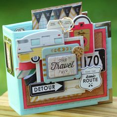 Have you ever decorated your album covers? Check out this adorable mini travel album from @buttomfarmclub using our 4 x 4 Instagram album. #wrmk #scrapbooking