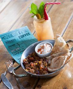 Τα 10+3 καλύτερα brunch της Αθήνας - www.olivemagazine.gr Acai Bowl, Brunch, Canning, Athens, Breakfast, Food, Places, Acai Berry Bowl, Morning Coffee