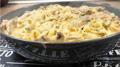Tagliatelles au poulet et champignons à la sauce crémeuse - YouTube Spaghetti, Sauce Crémeuse, Tasty Videos, Mushroom Recipes, Macaroni And Cheese, Stuffed Mushrooms, Cooking Recipes, Ethnic Recipes, Food