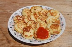 Tarkedli Hungarian Recipes, Pancakes, French Toast, Muffin, Food And Drink, Eggs, Sweets, Snacks, Drinks