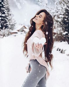Ideas For Photography Inspiration Winter Photographers Snow Photography, Girl Photography Poses, Creative Photography, Fashion Photography, Editorial Photography, Ideas Para Photoshoot, Shotting Photo, Winter Instagram, Disney Instagram