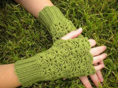 lacy hand warmers