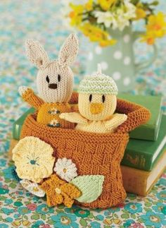 Quirky things and toys to make on Pinterest Free Knitting, Knit Pat?