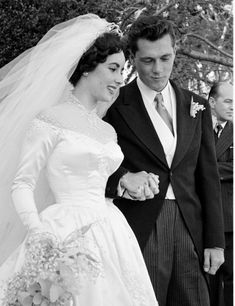 """Elizabeth Taylor and Nick (""""Nicky"""") Hilton, May Wedding Day Hollywood Couples, Hollywood Wedding, Celebrity Couples, Hollywood Glamour, Classic Hollywood, Celebrity Weddings, Old Hollywood, Elizabeth Taylor, Famous Couples"""