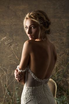 backless boho weddin