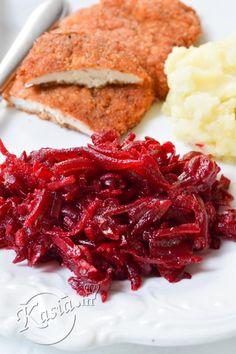 Jeśli zapytasz mi się o ulubiony domowy dodatek do obiadu, to o każdej porze roku odpowiem buraczki! Nie ma milszego wspomnienia z dzieciństwa, jak niedzielny obiad z roladkami lub schabowym, prze... Sandwich Cake, Sandwiches, Polish Recipes, Chutney, Cabbage, Recipies, Homemade, Vegetables, Healthy
