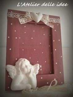 Cornice con angelo