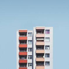 Minimalist Approach to the Post-War Housing in Berlin – Fubiz Media #minimal #urbanphotography