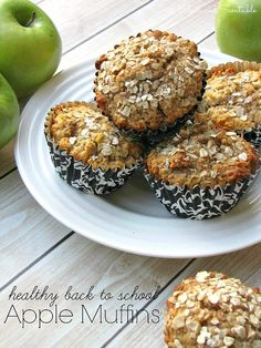 Lots of quick, easy, and healthy breakfast ideas. Perfect for back to school!