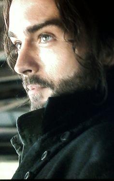 "Tom Mison as Ichabod Crane on ""Sleepy Hollow"""