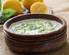 Sauce à la ciboulette au yaourt grec