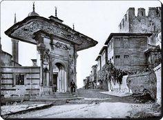 Soğukçeşme Sokağı, 1910 #istanbul #sultanahmet #tarih #history #photography #old #eski #sogukcesme #istanlook