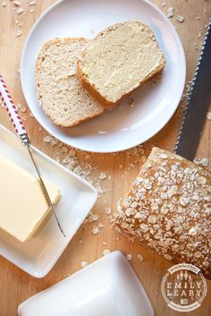 An easy to make, full of flavour honey and oat loaf.