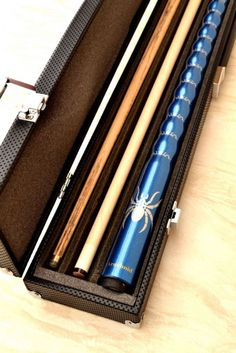 Arachnid Pool Cue Package | BLUE - 2 Shafts | £79.97 with Free UK P