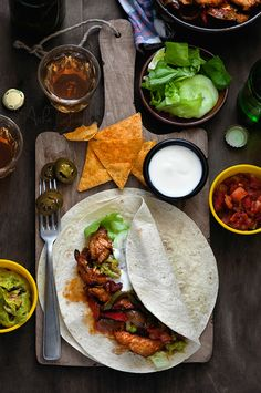 Fajitas - a part of the Tex-Mex cuisine I Love Food, Good Food, Yummy Food, Tasty, Mexican Food Recipes, Ethnic Recipes, Food For Thought, Food Inspiration, Food Photography