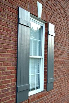 How to Build Board and Batten Shutters for your home using pine boards and a few simple tools. Great way to add instant curb appeal. Outdoor Projects, Home Projects, Board And Batten Shutters, Outdoor Living, Outdoor Decor, Diy Home Improvement, Home Repair, Future House, Home Remodeling