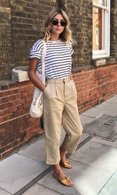 Parisienne style stripe tee and tan chinos my 19 boho minimal spring capsule wardrobe Tan Chinos, Cropped Chinos, Khakis, Khaki Pants, Summer Pants Outfits, Trouser Outfits, Culottes Outfit, Mode Outfits, Casual Outfits