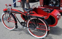 Just A Car Guy: a bicycle with a sidecar? I don't remember ever seeing one before, but this JC Higgins model appears to be very Old Bicycle, Old Bikes, Folding Bicycle, Velo Vintage, Vintage Bikes, Velo Tricycle, Bike With Sidecar, Velo Cargo, Side Car