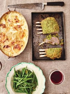 A rack of lamb recipe is a total treat – it looks dramatic, and gives you tender meat, with an irresistible feisty crumb. A great Christmas lamb recipe. Lamb Recipes, Cooking Recipes, Savoury Recipes, Yummy Recipes, Crusted Rack Of Lamb, Easy Gravy, Lemon Green Beans, Lamb Dishes, Gastronomia