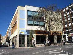 Imponente la fachada de la biblioteca de Cáceres #bibliotecas