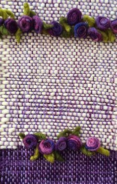 Emma - Almacén de cosas lindas: CAMINOS DE MESA Weaving Projects, Weaving Art, Weaving Patterns, Tapestry Weaving, Loom Weaving, Hand Weaving, Lace Art, Creative Textiles, Tear