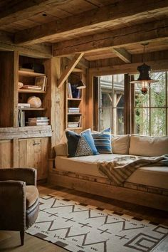 48 amazing rustic window nook ideas house rustic home design Cabin Interior Design, Rustic Home Design, Rustic Decor, Cabin Design, Hobbit House Interior, Modern Cabin Interior, Modern Cabin Decor, Wood House Design, Chalet Interior