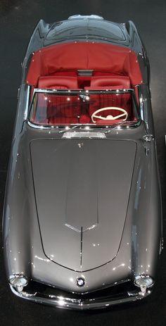 1955 BMW 507  Die formvollendete Linienführung von Graf von Goertz ist bis heute ein Gedicht.  HTTP://HartWieGranit.com