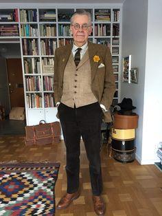 Daniel Hechter jacket in Harris Tweed, Ralph Lauren vest, Silja tie, Oscar Jacobson corduroy trousers and Crockett & Jones shoes.