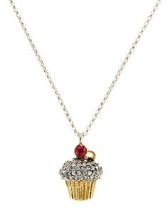 Loooove. Juicy couture cupcake necklace