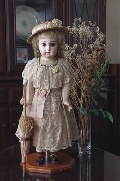 小姫日記 Old Dolls, Antique Dolls, Vintage Dolls, China, Doll Costume, Antique Clothing, Child Doll, Blue Satin, Miniture Things