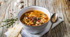 Une bonne soupe minestrone italienne pour mettre un peu de chaleur dans cet hiver québécois, quelle bonne idée! De bons légumes et beaucoup de parmesan, miam!