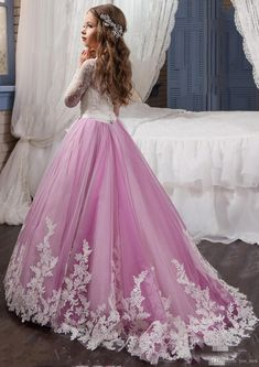 I found some amazing stuff, open it to learn more! Don't wait:http://m.dhgate.com/product/2017-new-flower-girls-dresses-for-weddings/392091411.html
