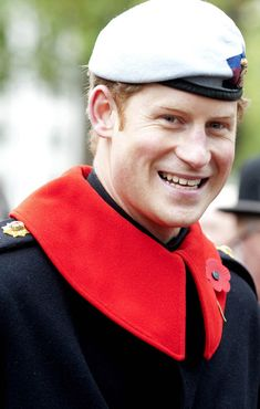 Prince Harry at the Field of Remembrance outside Westminster Abbey 7 Nov 2013