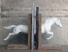 serre-livre cheval diy