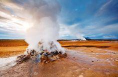 © Creative Travel Projects, shutterstock - Das Geothermalgebiet Hverir bei Kravla
