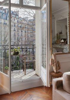 French Apartment, London Apartment, Parisian Apartment, Paris Apartments, Dream Apartment, Paris Apartment Interiors, French Interior, Home Interior Design, Interior And Exterior