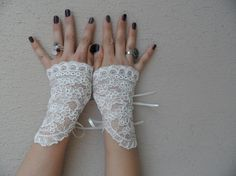Wedding glove ivory lace glove special lace glove by WEDDINGHome, $40.00