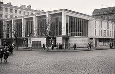 1951. Warszawa. Kino Praha. Capital City, Poland, Illusions, Louvre, Art Deco, Street View, Architecture, Building, Bible Verses