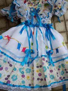 Roupa para Festa Junina,Quadrilha,Caipira,Fantasia,Infantil e Adulto.Leia mais no site! Country Dresses, Beautiful Children, Little Princess, Kids Wear, Tutu, Beautiful Dresses, Kids Outfits, Costumes, Summer Dresses