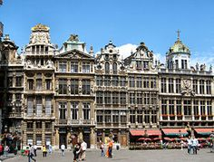 Brussels travel guide - Wikitravel (non-stop from VLC via Vueling Airlines)