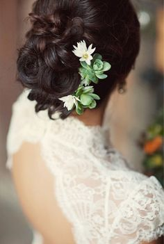 Succulent Wedding Hair Ideas. I would love for the bridesmaids to wear succulents in their hair!