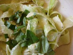 Raw zucchini makes a great alternative to pasta, and paired with a cashew cream sauce this dish is incredible!