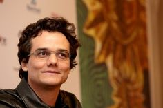 """""""Eu nunca disse a frase 'não dá mais pra viver no Brasil'"""", diz Wagner Moura - Portal Fórum"""